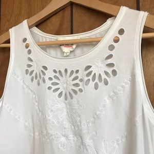 Vince Camuto tank with floral cut-outs, white